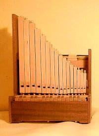 organ-portative.jpg.99904e45efccf07e40adeba35c105b26.jpg