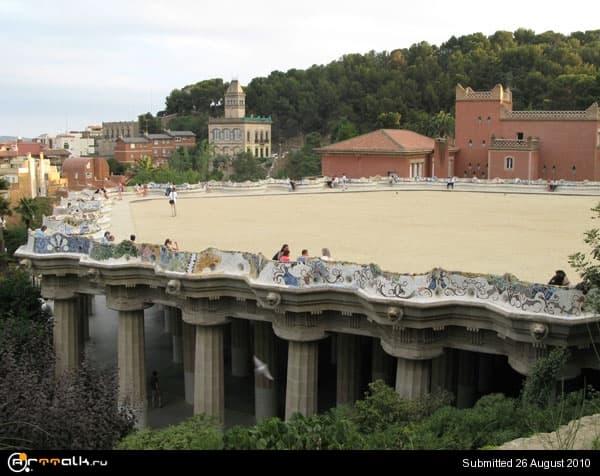 5a9828116627a_parkGuel_Gaudi_C1.jpg.be3c83c1e965097a46fb6bcd6c86d60d.jpg