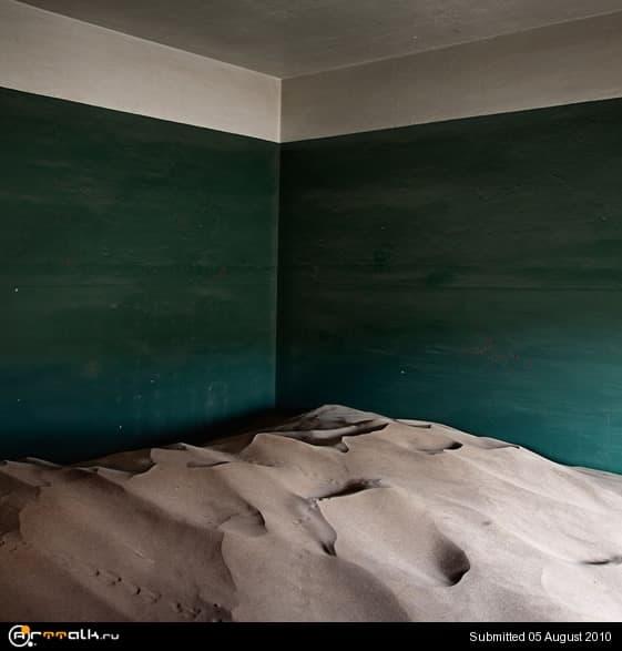 indoordesert9.jpg.2a53fab7197a73460c71aa02d9efd6f8.jpg