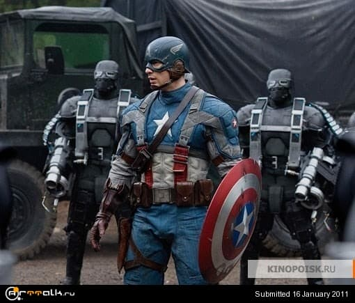 kinopoisk.ru-Captain-America_3A-The-First-Avenger-1455830.jpg.8068bae770474ba74e1972e34882c2bb.jpg