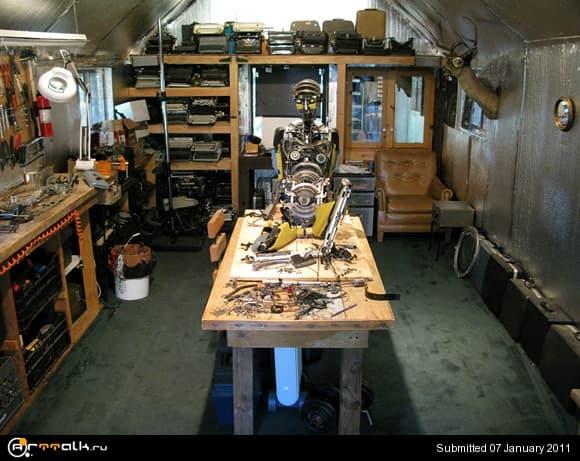 typewriter9.jpg.60153da031e647e36e1634c534cfd500.jpg