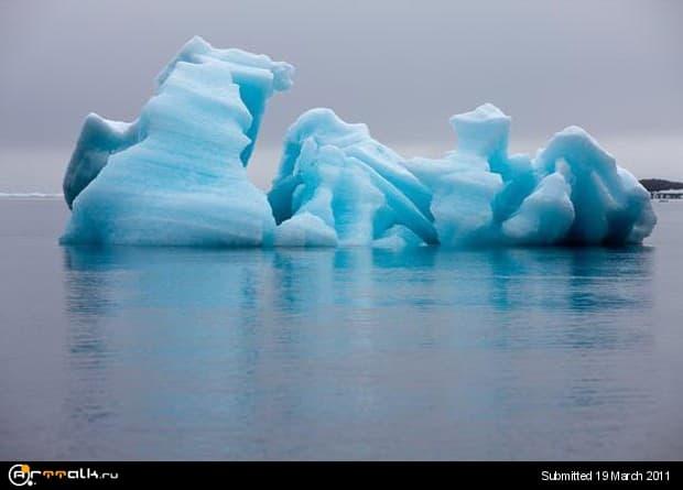 ice3.jpg.b65859d96abfb45ee0f0cbc41b1b88b5.jpg