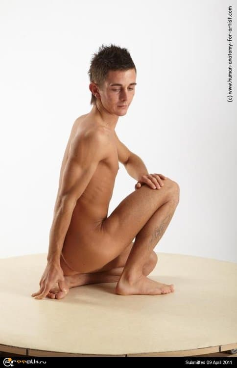 72134-boleslav_kneeling_07_0.thumb.jpg.dccd888d2461069c2ace619b8a10875c.jpg