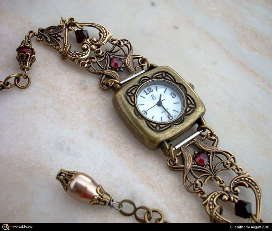 Brass_Hearts_Watch_by_Aranwen.thumb.jpg.540b5fd65e842d7a7a796daeeed90d80.jpg