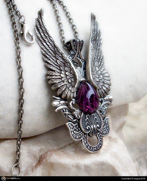 Dark_Angel_Pendant__Purple_by_Aranwen.thumb.jpg.c888f6eb9f2513e9953d2d3c8f38f996.jpg