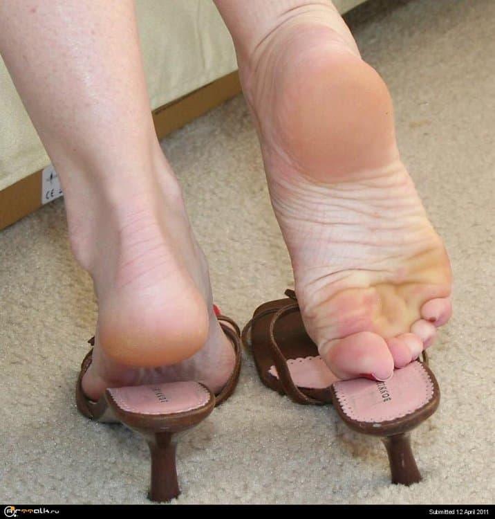 series_iii_sexy_feet_lovers.thumb.jpg.1b81f6b39d2500a8a46fd8335074ca90.jpg