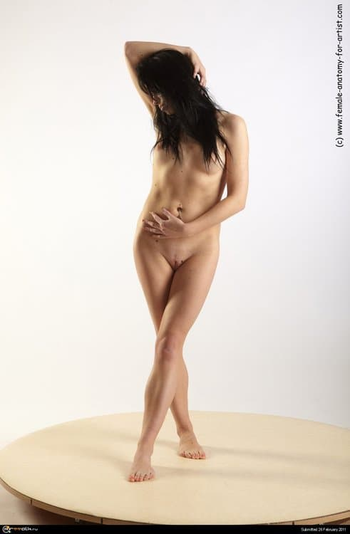 zofia_standing_31.thumb.jpg.acad5486dd33548be12b21fcc94f18ab.jpg