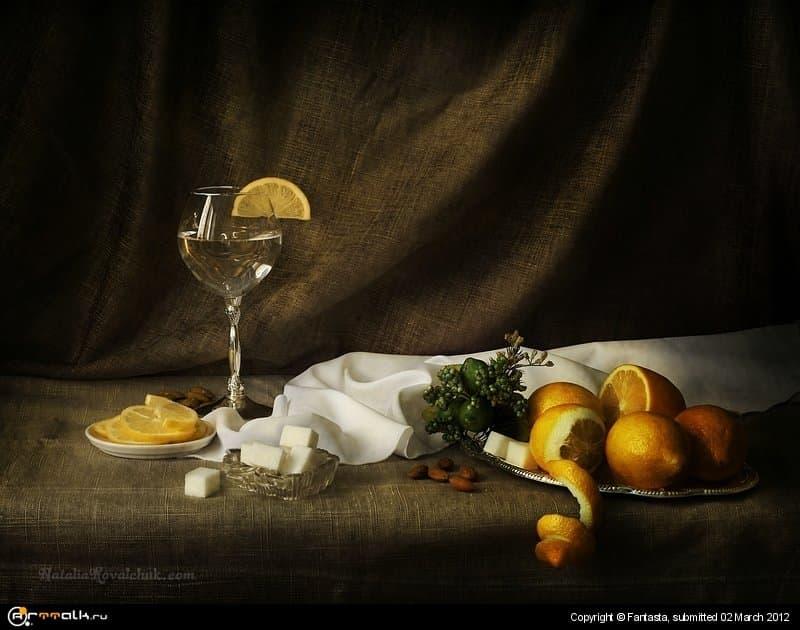 Натюрморт Вода с лимоном