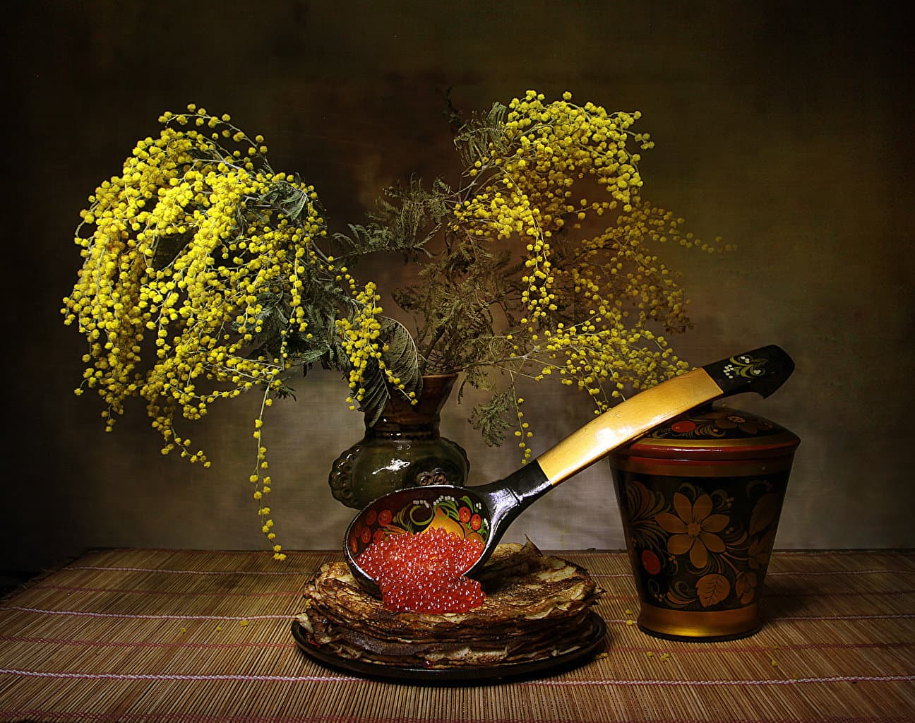Mimosa_Pancake_Still-life_Caviar_545924_1296x1024.jpg